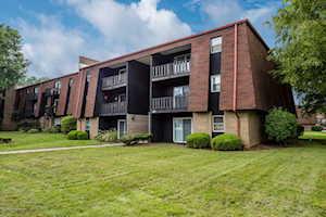 3500 Lodge Ln Louisville, KY 40218