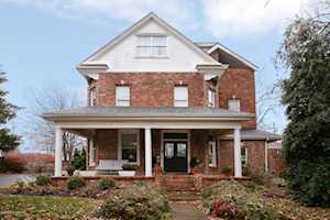 1318 Eastern Pkwy Louisville, KY 40204