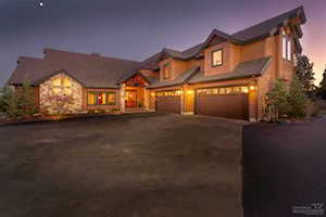 61022 Bachelor View Road Bend, OR 97702