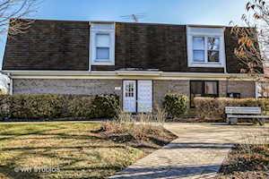 803 Garfield Ave #B Libertyville, IL 60048