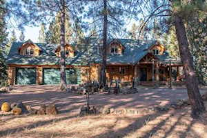 18660 River Woods Drive Bend, OR 97702