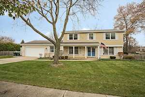 2660 Cherry Ln Northbrook, IL 60062