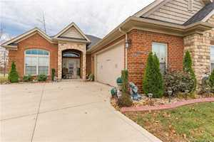 1747 Bay Hill Place Henryville, IN 47126