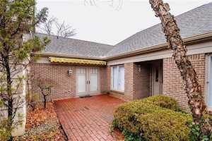 215 Olde Mill Cove #11-3 Indianapolis, IN 46260