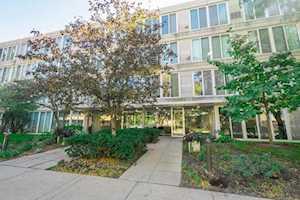 2555 Gross Point Rd #409 Evanston, IL 60201