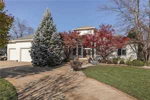 3670 Highland Park Drive Greenwood, IN 46143