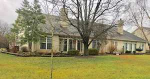 506 Village Lake Dr Louisville, KY 40245