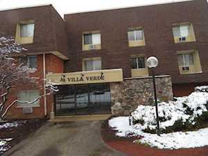 3 Villa Verde Dr #3-116 Buffalo Grove, IL 60089