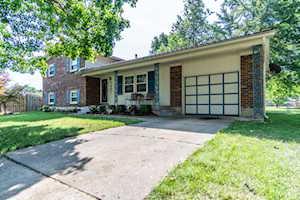 7407 Vincent Way Louisville, KY 40214
