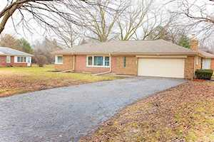 203 W Kenilworth Ave Prospect Heights, IL 60070