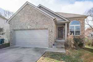 3944 Pinecrest Way Lexington, KY 40514