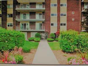 2900 Maple Ave #12E Downers Grove, IL 60515