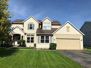801 Village Rd Crystal Lake, IL 60014