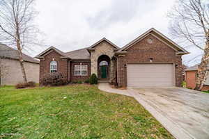 2011 Autumn Ridge Dr Sellersburg, IN 47172