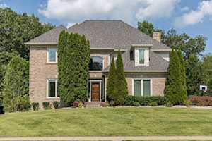 3807 Woodmont Park Ln Louisville, KY 40245
