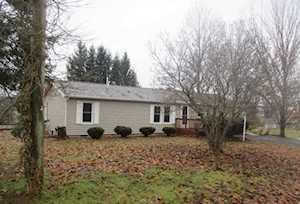 9421 E Magnolia Lane Cromwell, IN 46732
