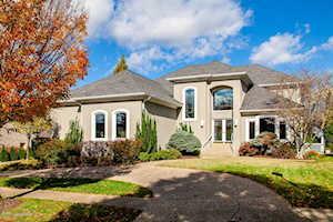 1709 Kensington Place Ln Louisville, KY 40205