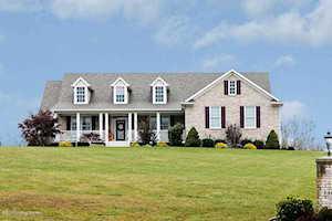 110 Chesapeake Meadows Ct Finchville, KY 40022