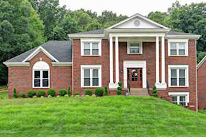 3400 Hardwood Forest Dr Louisville, KY 40214
