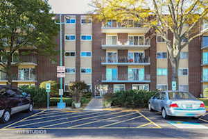 2900 Maple Ave #5D Downers Grove, IL 60515