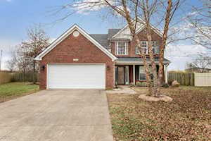 9414 Harlow Ct Prospect, KY 40059