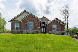 1101 Erica Circle Sellersburg, IN 47172