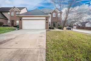 3736 Winthrop Drive Lexington, KY 40514