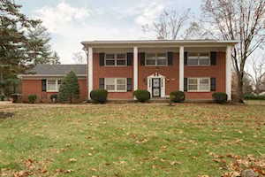2400 Chattesworth Ct Louisville, KY 40242