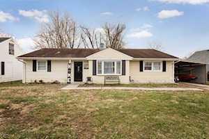 412 Eastview Cir Shelbyville, KY 40065