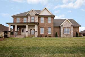 5603 Morningside Dr Crestwood, KY 40014