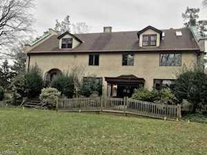 600 Sherwood Pky Mountainside Boro, NJ 07092