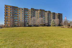5400 Walnut Ave #308 Downers Grove, IL 60515
