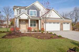 393 Camargo Ct Vernon Hills, IL 60061