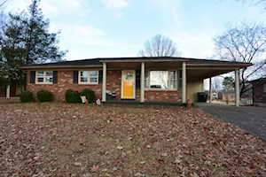 517 S Sixth St Bardstown, KY 40004