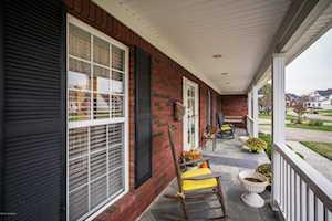 8617 Hi View Ln Louisville, KY 40272