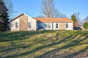 10605 Farm Oaks Ct Louisville, KY 40241
