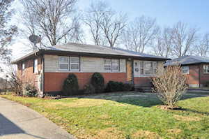 5008 Ronwood Dr Louisville, KY 40219