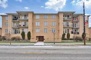 5727 W Lawrence Ave #405 Chicago, IL 60630