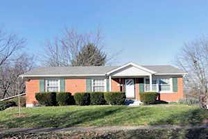 2017 Larkspur Drive Lexington, KY 40504