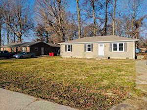 97 Strawberry Lane Frankfort, KY 40601