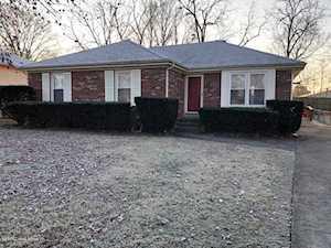 1705 Meadowgate Ln Louisville, KY 40223