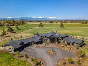 20375 Sturgeon Road Bend, OR 97703
