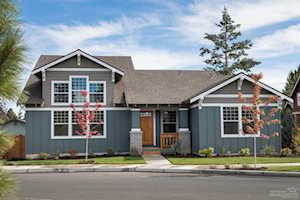 2758 Great Horned Place Bend, OR 97701