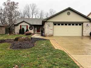 656 Bakeway Circle Indianapolis, IN 46231