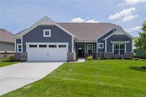 10421 Oxer Drive Fishers, IN 46040