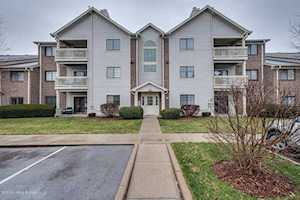 3903 Yardley Ct Louisville, KY 40299