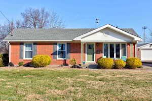 8615 Bluebell Dr Louisville, KY 40219