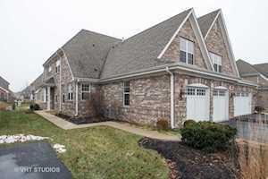 1119 Adams St #B Northbrook, IL 60062
