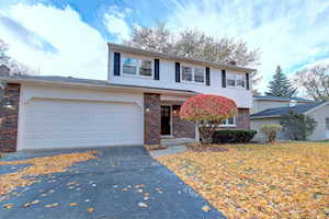2242 Oxnard Dr Downers Grove, IL 60516