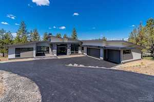 2799 Horizon Drive Bend, OR 97703